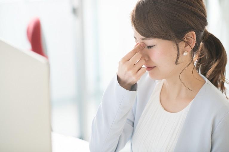 鼻 が ツーン と する 痛い 寒い日に鼻がツーンと痛い!奥まで痛み涙目になる理由と対処と予防法...