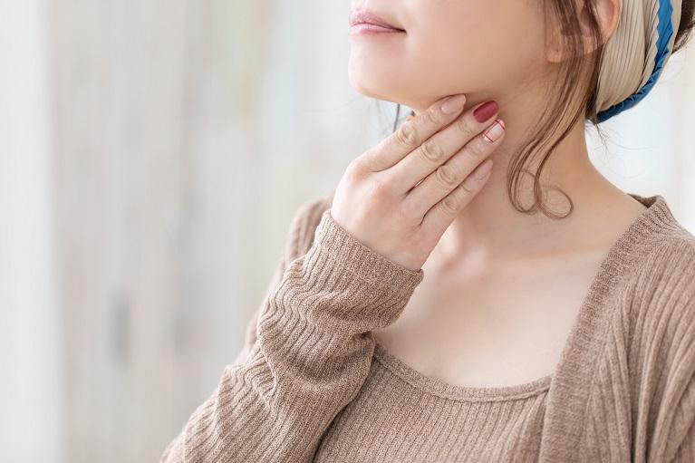 と が 痛い 唾 コロナ 飲む 喉 唾を飲み込むと喉が痛い(熱はない)|川村耳鼻咽喉科クリニック
